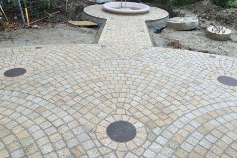 Terrasse pavée – Granite jaune